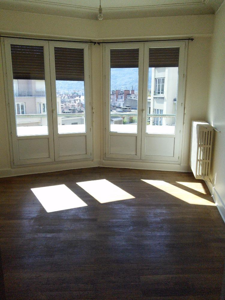Annonce location appartement grenoble 38000 58 m 629 for Location appartement atypique grenoble