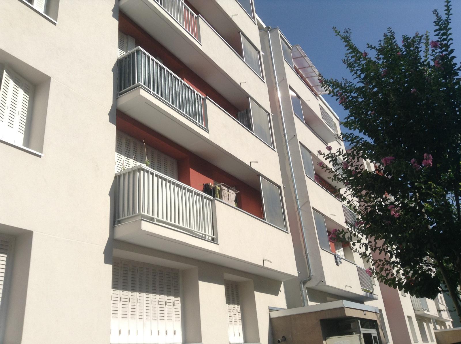 annonce vente appartement saint martin d 39 h res 38400 60 m 106 000 992738304301. Black Bedroom Furniture Sets. Home Design Ideas